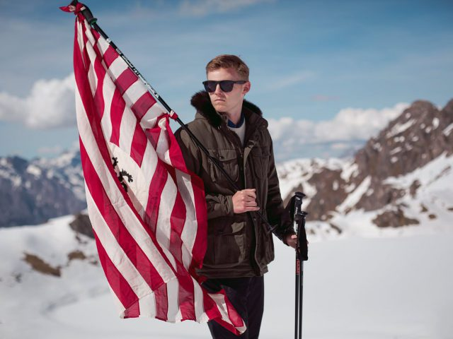 Skier with flag