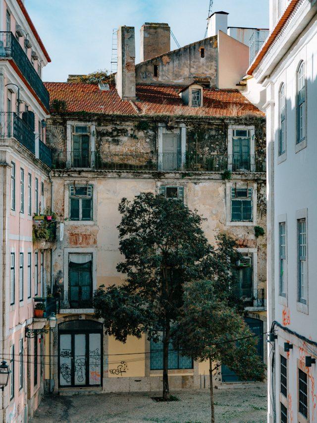 Small street of Lisbon