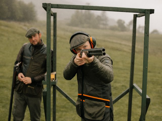 Clay pigeon shooter