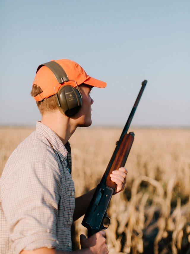 Hunter with blaze cap